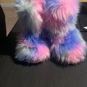 Fluffy Troll slippers